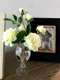 md acrylic vase.jpg