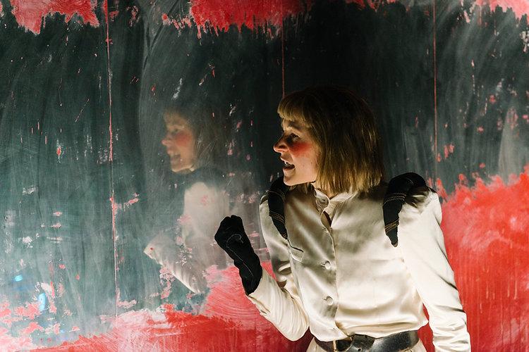 Lena Vogt als Buckingham Richard III Wuppertal