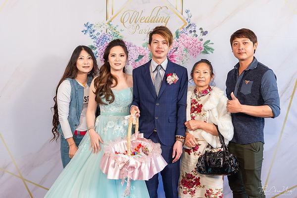Wedding photo-640.jpg