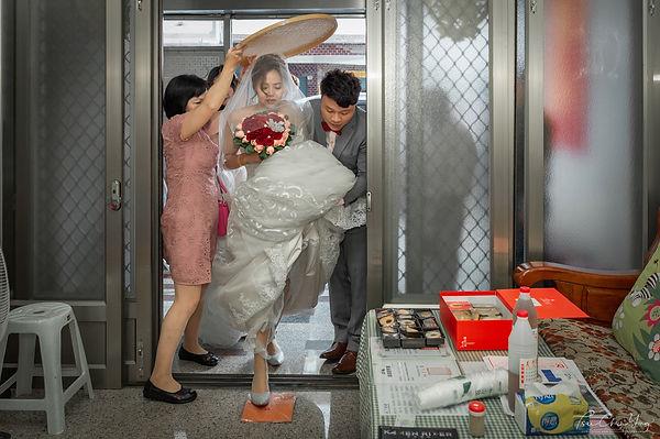 Wedding photo-600.jpg