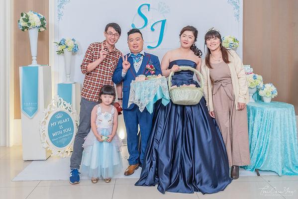Wedding photo-816.jpg