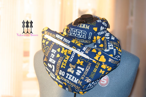 U of Michigan Pocket Infinity Scarf