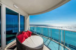 Aqua Ocean Front Balcony