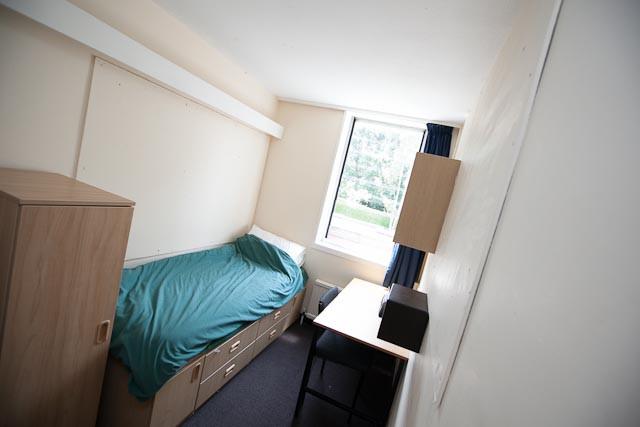 King Ed's Single Bedroom.jpg