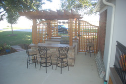 Outdoor Bar & Grill