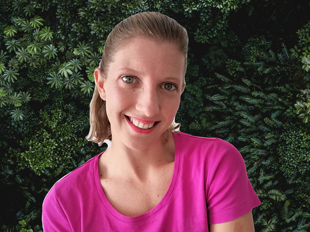 Schola's teacher, teacher at ScholaKids, teacher Caitlin