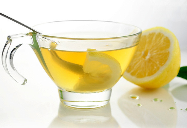 detoxifying lemon drink