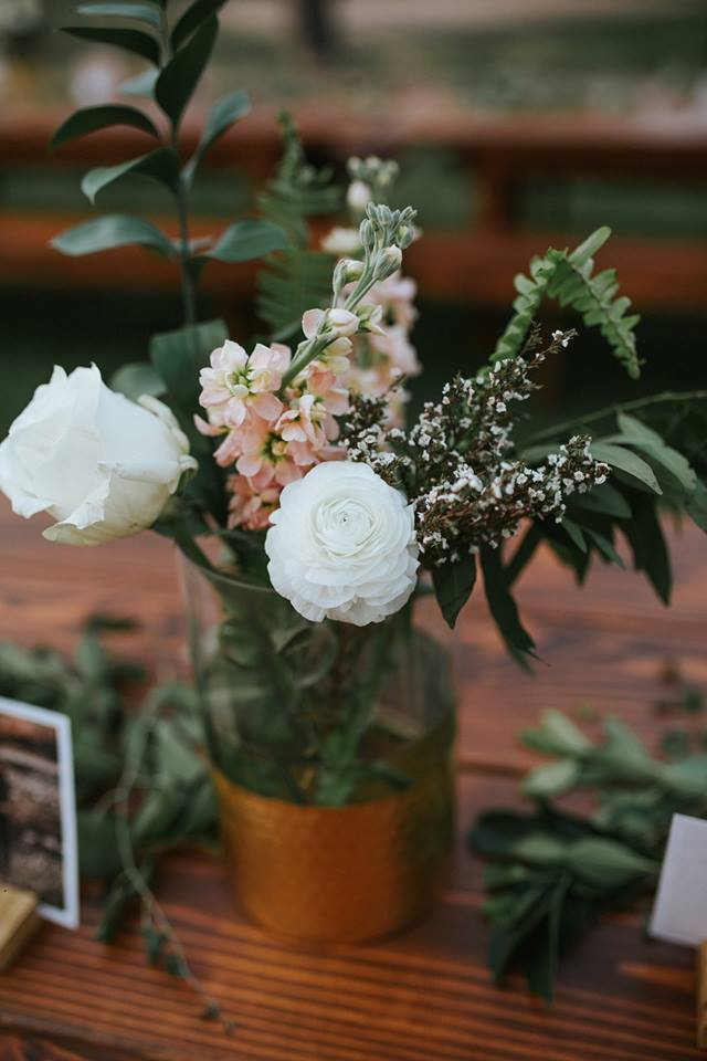 pretty centerpieces on farmtables