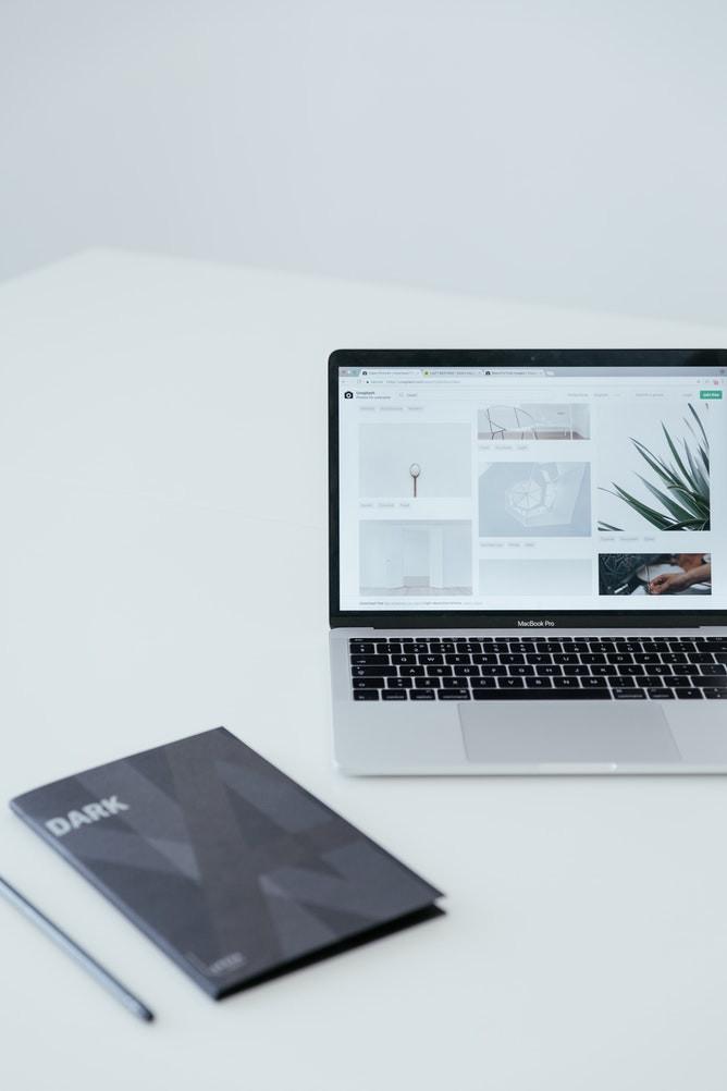 La communication d'une entreprise passe obligatoirement par la création d'un site internet