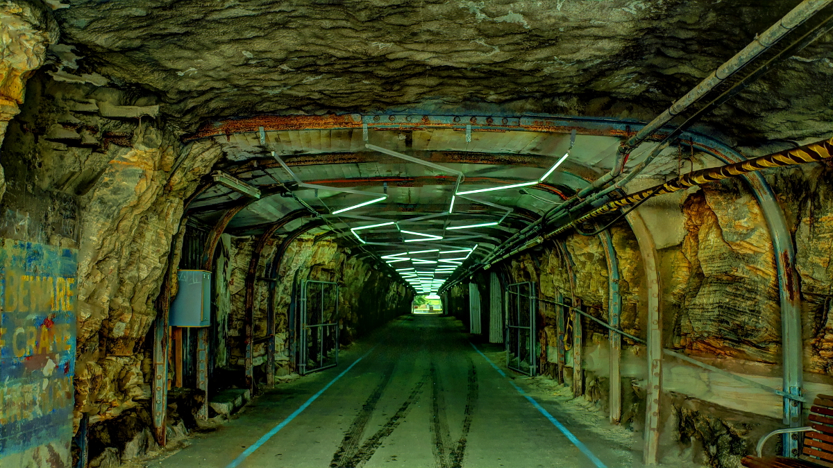 Stores Tunnel