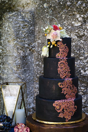 Wedding Cake, Black Wedding Cake, Sugar Flowers, Gumpaste Flowers, Tabby Ruins, Black Fondant, Rose Gold Decorations