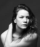 Odile-Amélie_Peters_headshot_-_crédit,_D