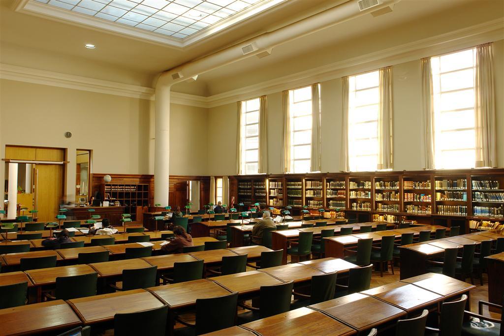 Sala Univ. de La Plata