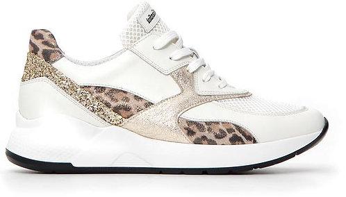 weisser NeroGiardini Sneaker, E115171D710, Seitenansicht