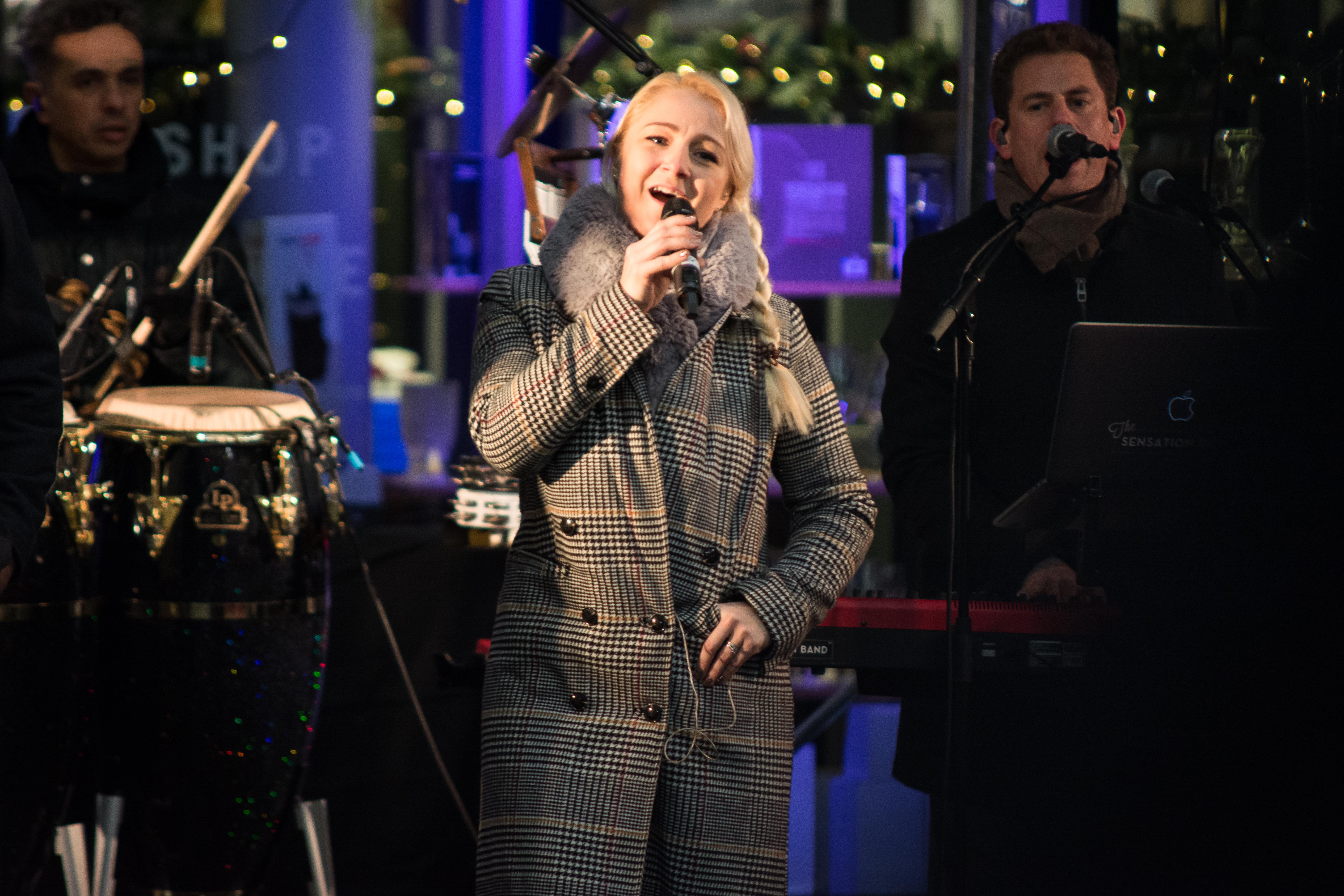 Singer at Borough Market