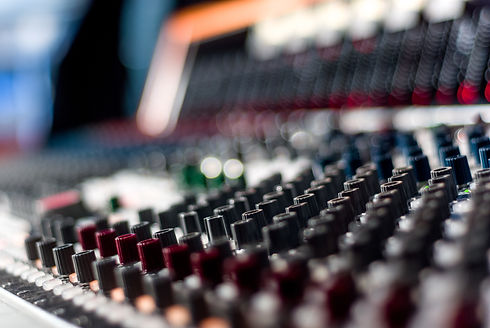 Neve console - cool blurred .jpg