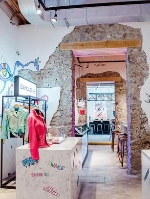 """Intervención de espacio para tienda en """"Doce 18 Concept House"""" / San Miguel de Allende – 2018 Store intervention at """"""""Doce 18 Concept House"""" / San Miguel de Allende – 2018"""