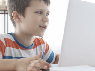 Virtual speech therapy helping students while out of school