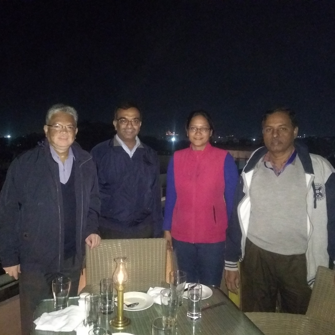 dinner with JNC professors.jpg