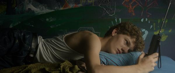 Louis dans tous les sens de Paul Marques Duarte et Violette Gitton, Les Films de l'Heure Bleue, Blue Hour Films
