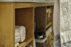 Detailaufnahme Waschtischunterschran