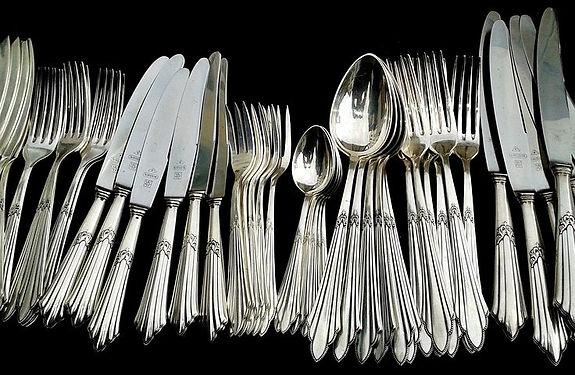 cutlery-377700__480.jpg