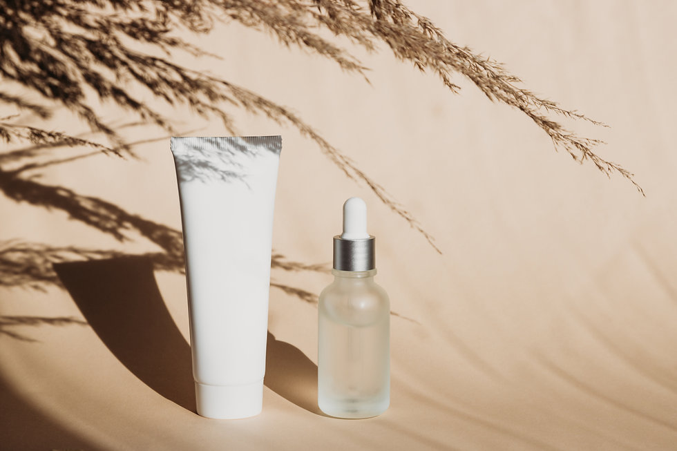 cosmetic-mock-up-with-hard-shadows-white