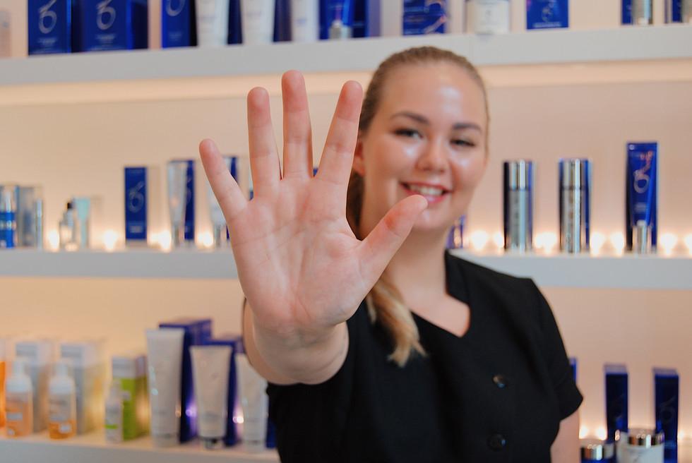 Maren viser sine 5 favoritter fra Zo Skin Health