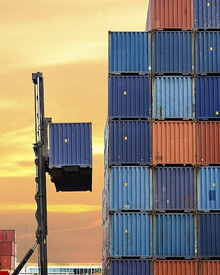 containers-486570435_0.-large.jpg