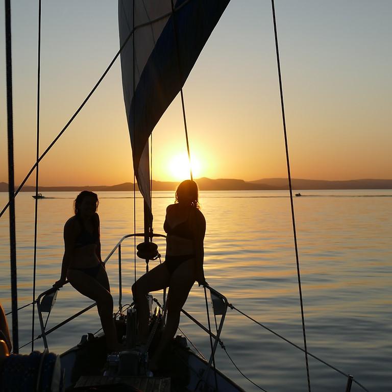 Lake Taupo Sunset Sailing Adventure (1)