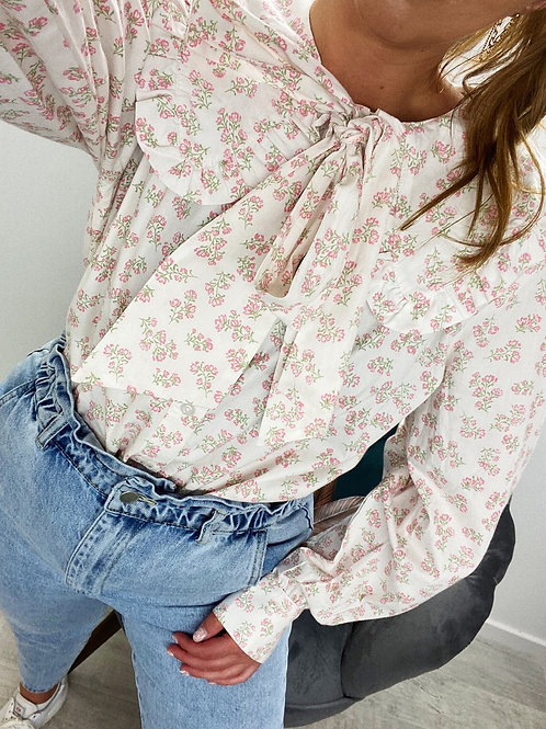 PICK ME Pussy Bow Blouse