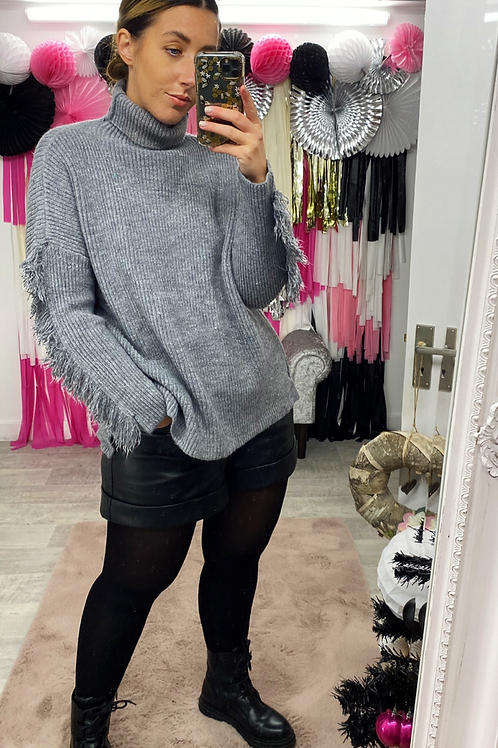 ON THE FRINGE Jumper