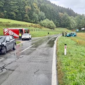 T VU1 - Verkehrsunfall Kreuzung Neuhaus / B81