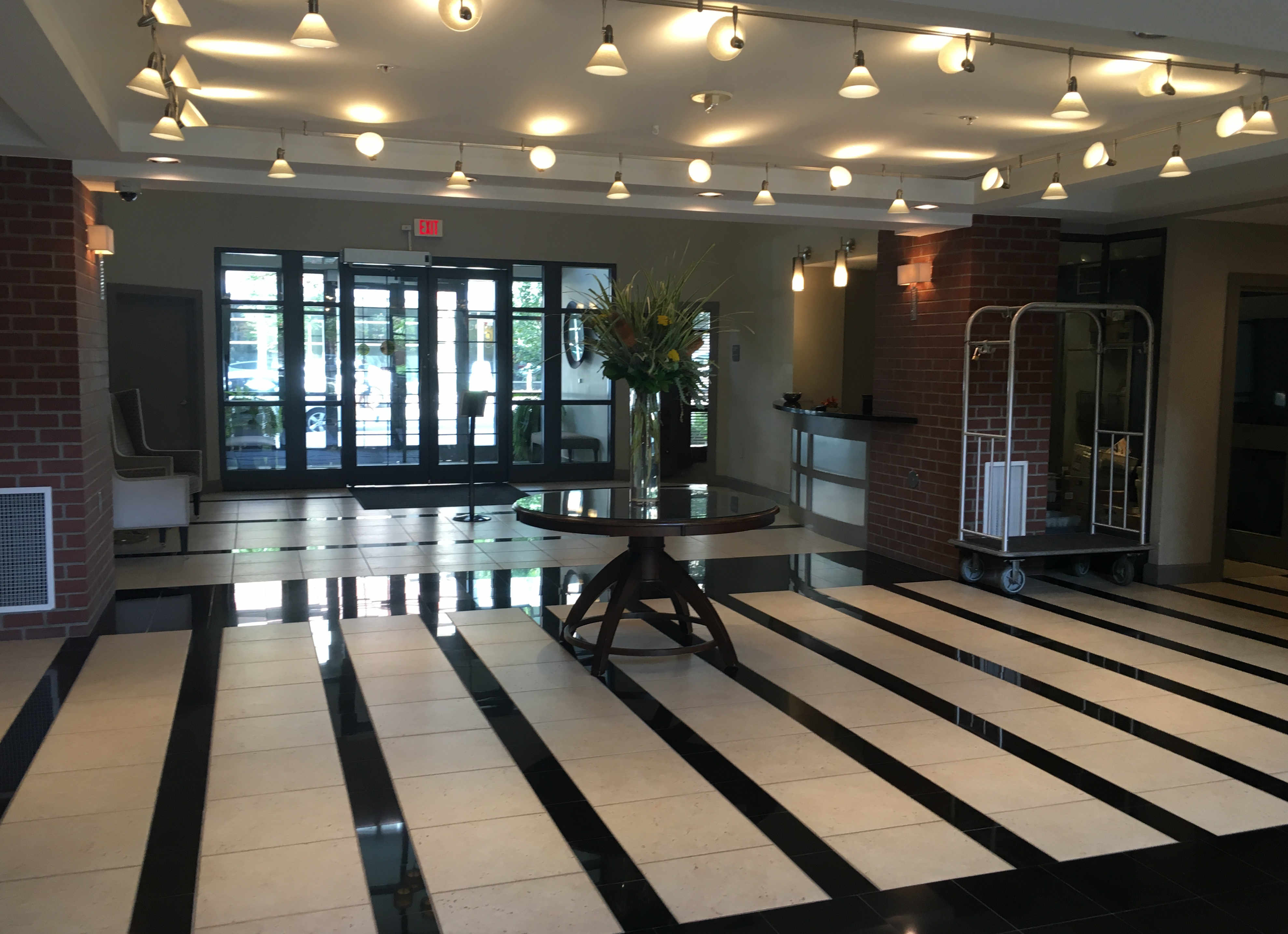 Lobby 2 Clarendon 1021