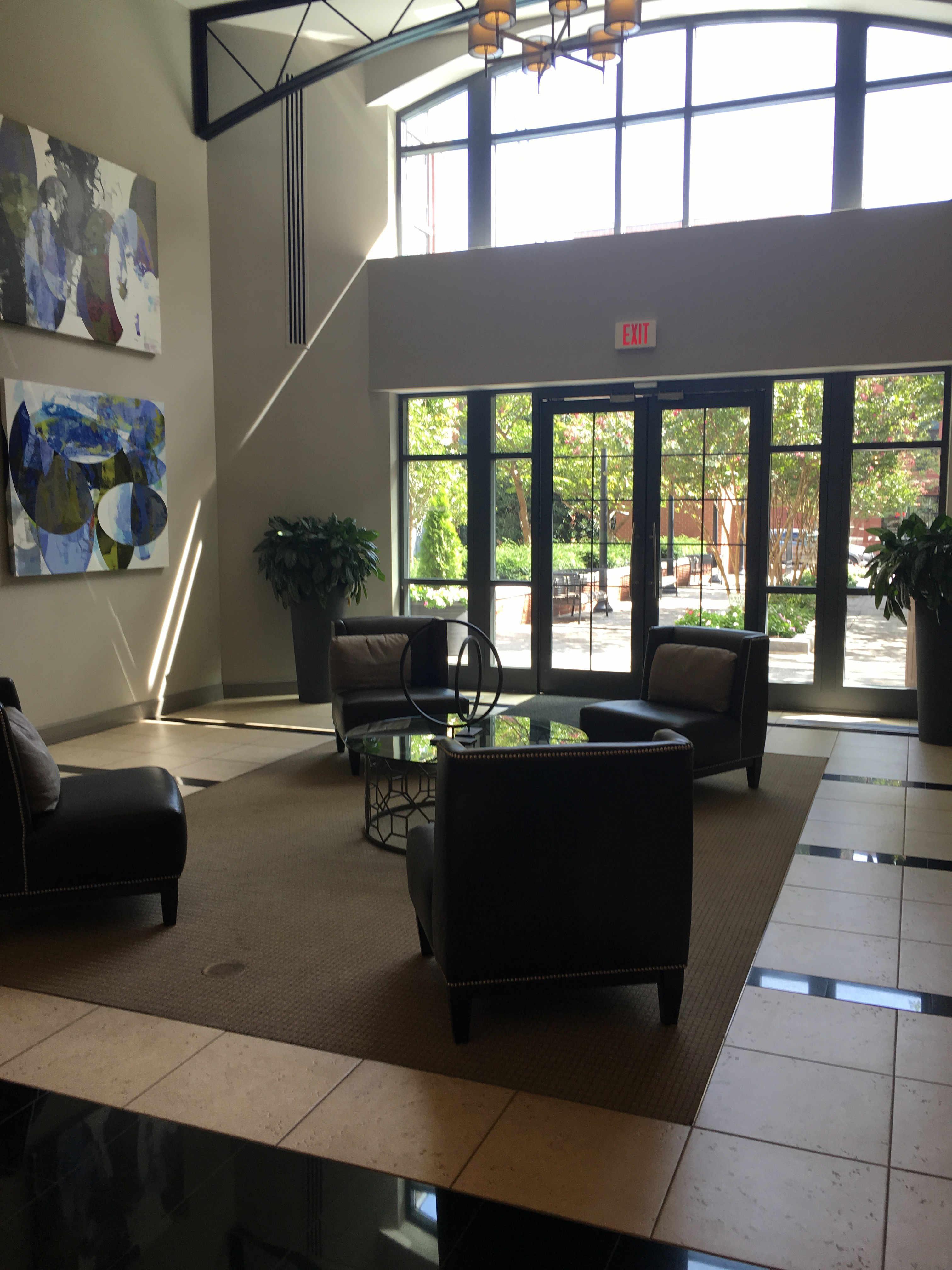 Lobby Clarendon 1021