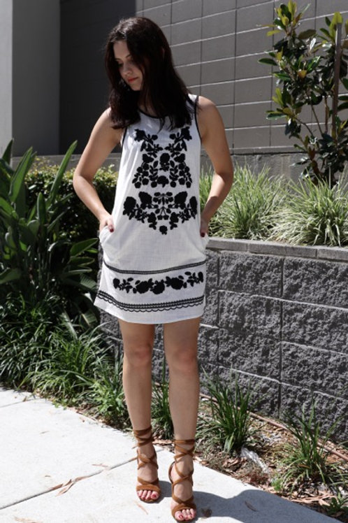Embroidered Tunic Dress - White