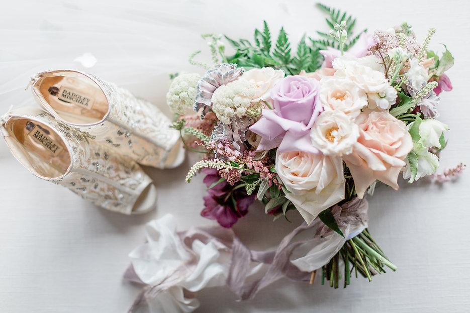 purple_wedding_bouquet.jpg