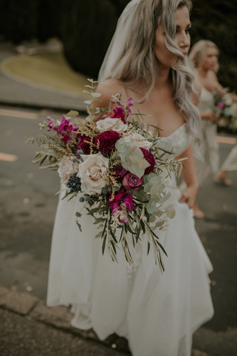 Romantic_picturesque_tuscan_blush_plum_textural_wedding_bridal_bouquet_florals_by_Twig_+_Twine_Auckland_New_Zealand.jpg