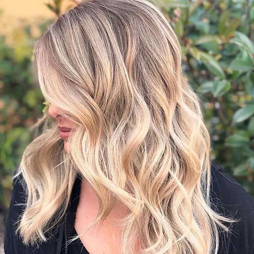 Blonde highlights experts in Scottsdale