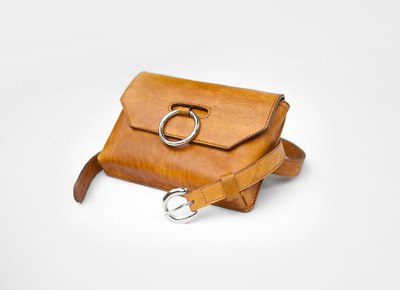 """The """"Venda"""" belt bag in ginger"""