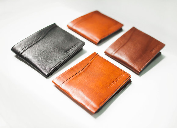 Minimal bi-fold wallet