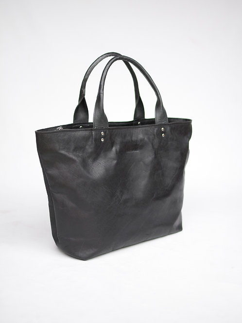Ambergris Tote in Classic black