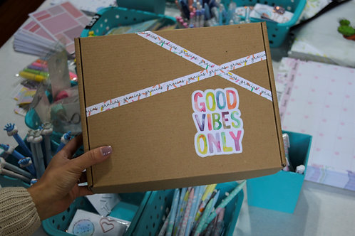 "Caja ""Good vibes only"""