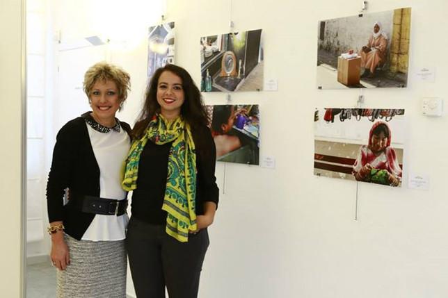 With Brazilian painter, Vania Valdo.(c) Peppe di Carro