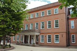 Charles Stuart House, Nye Saunders