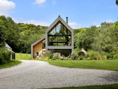 New Photos Available for Stunning New Contemporary Home in the Surrey Hills