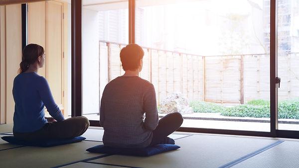 マインドフルネス瞑想のようす