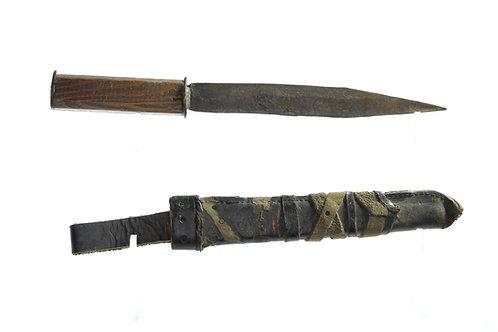 Rustic/Primitive Double Edged Dagger/Knife