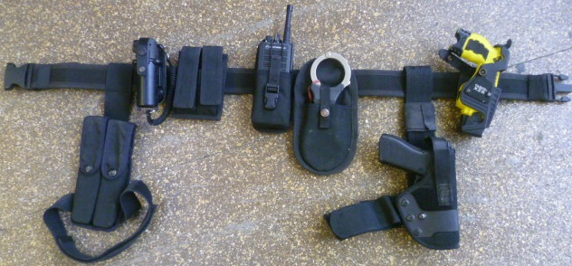 Armed police belt kit with X26 taser