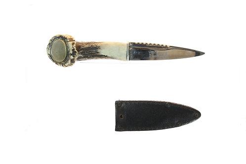 Skean dhu highland dress dagger (Stag antler grip)